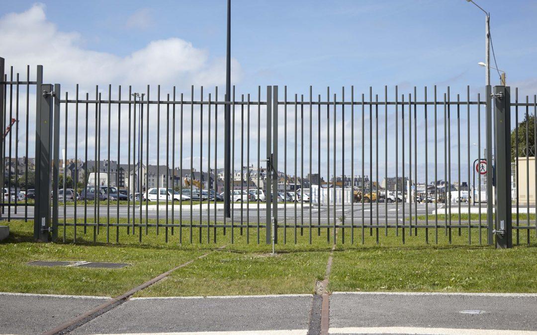 Pourquoi choisir l'acier thermolaqué pour ses clôtures ?